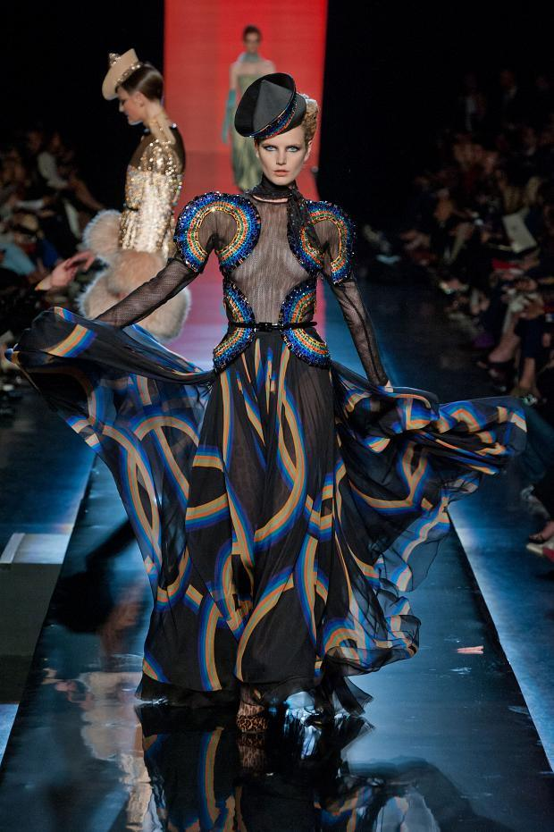 jean-paul-gaultier-haute-couture-autumn-2013----pfw38