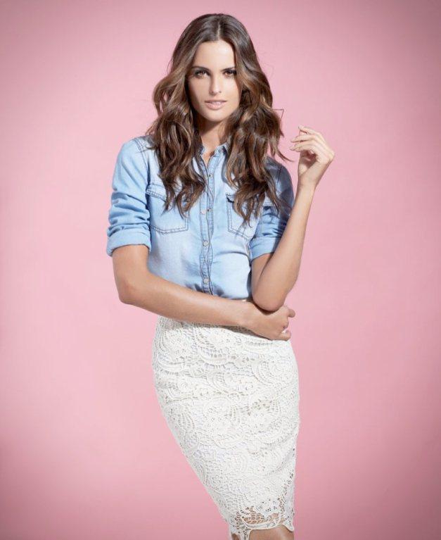 camisa com saia blanca
