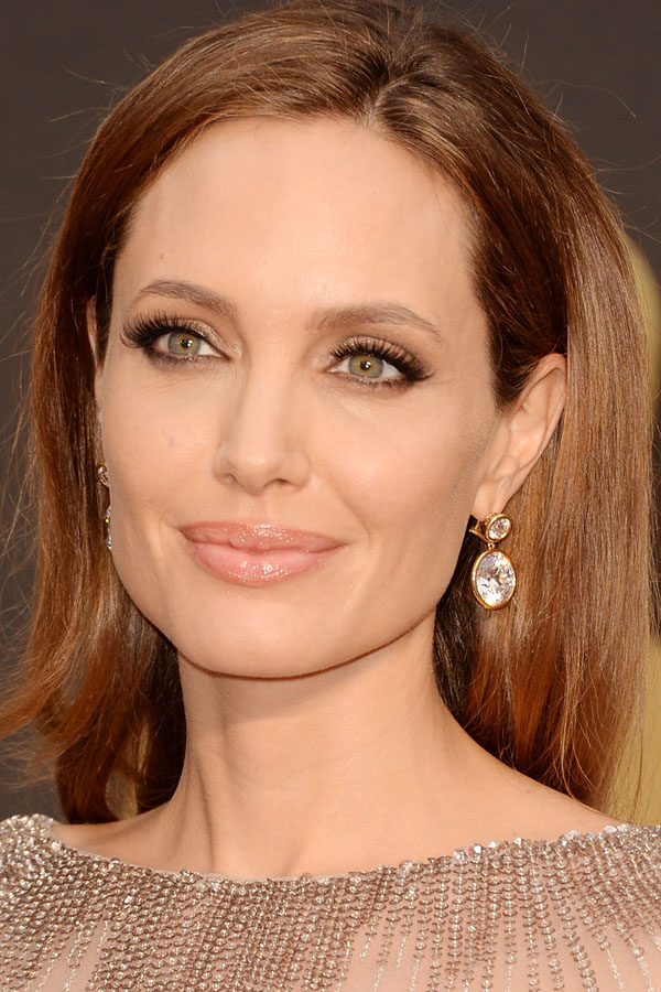 Angelina-Jolie-Academy-Awards-2014