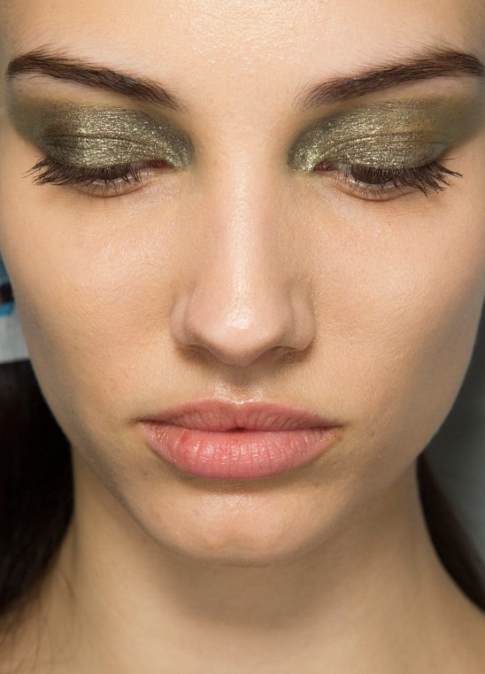 khaki-eye-makeup-dior-aw-2014